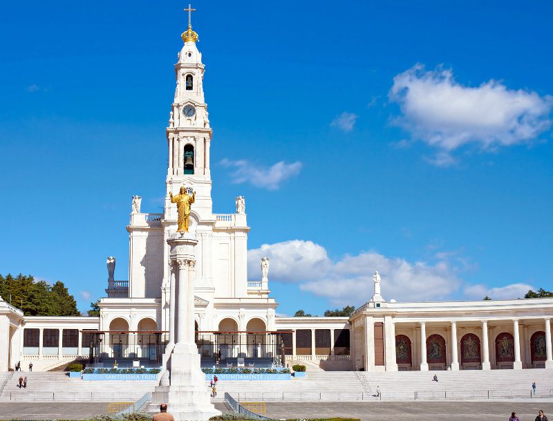 Fatima Day Trip from Lisbon w/ Batalha, Obidos, and Nazare