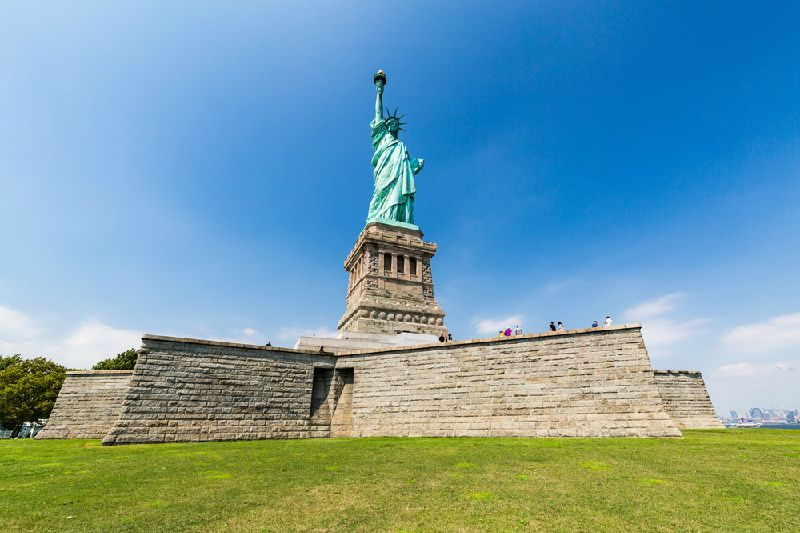 Statue of Liberty Cruise with Ellis Island, Museum & Pedestal Access