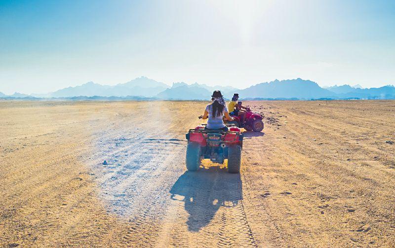 5-Hour Sahara Quad Bike Safari Trip