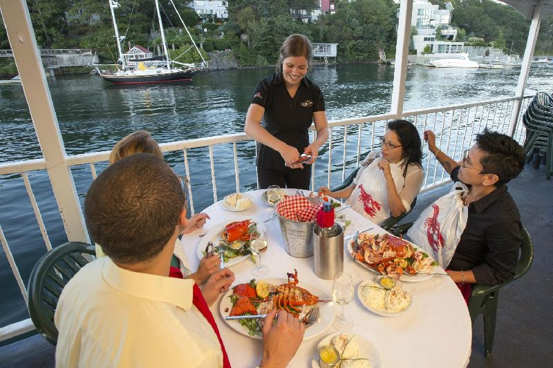 2-Hour Dinner Cruise from Halifax