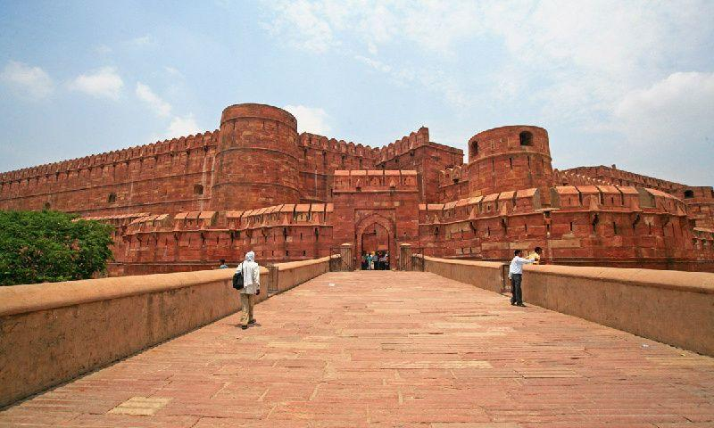 Private Agra Tour By Gatimaan Express Train | Agra Tours