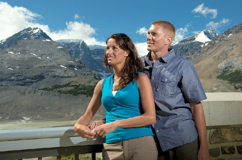 Columbia Icefield Discovery Tour From Canmore W/ Glacier Adventure & Glacier Skywalk