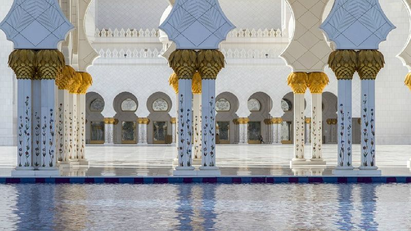 Sheikh Zayed Mosque Tour from Dubai