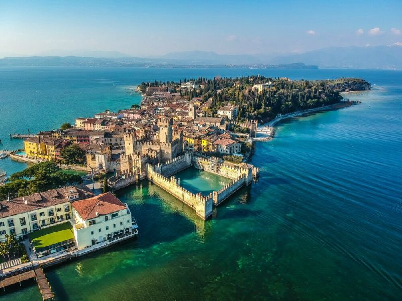 9-Day Enchanting Northern Italy Tour Package: Milan to Rome