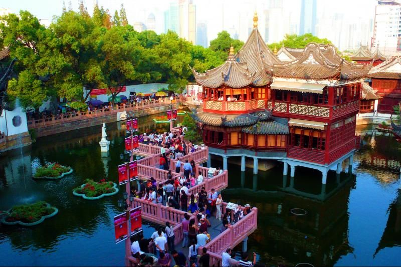 Best of Shanghai Day Tour: Yu Yuan Gardens and the Shanghai Museum (Private)