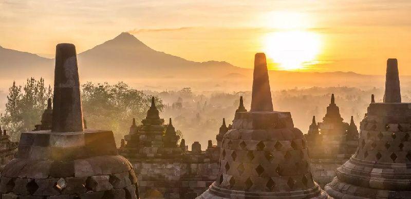 1-Day Borobudur Sunrise Join-in Tour