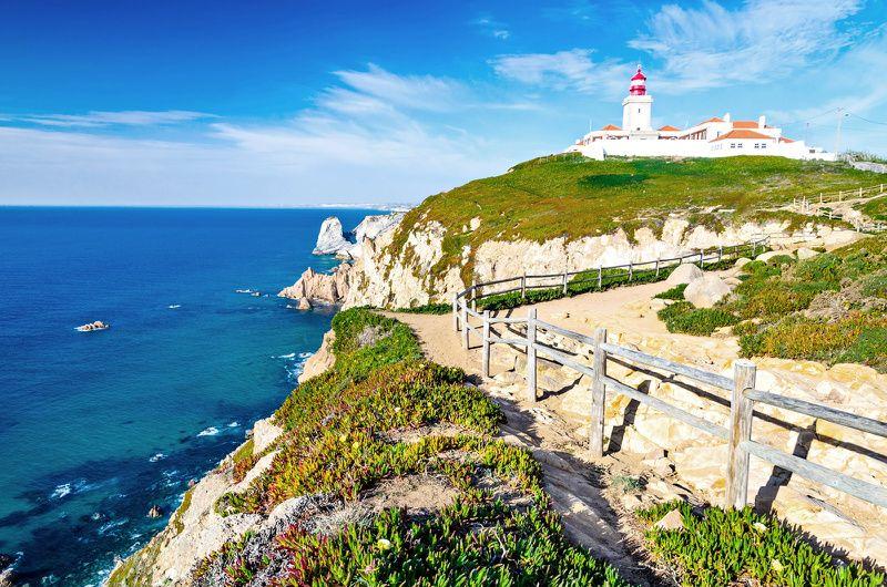 Sintra, Cabo da Roca, and Cascais Small Group Tour from Lisbon