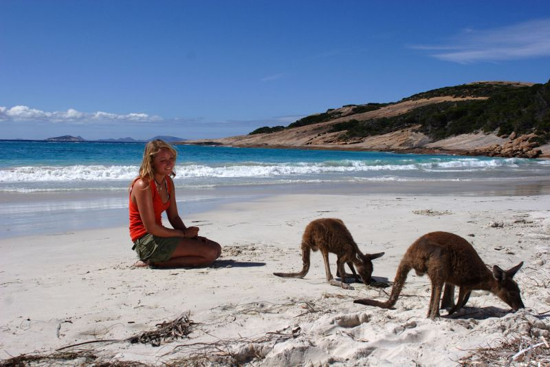 Nullarbor Traveller: 9-Day - Perth to Adelaide Wildlife Adventure