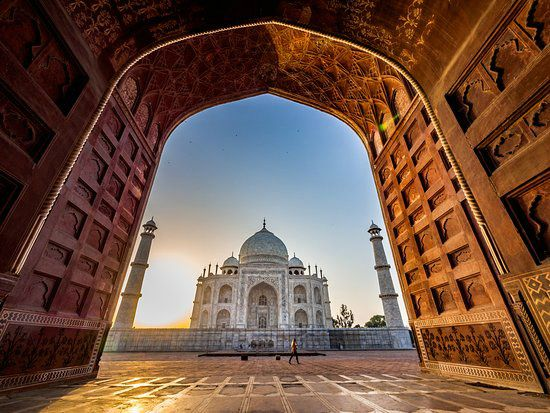 Taj Mahal Tour at Sunrise