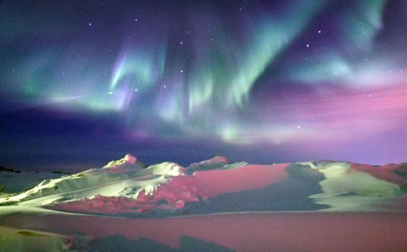 5-Day Northern Lights Russia Tour Package from Murmansk