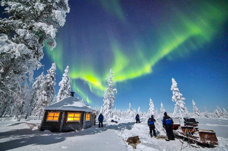 Lapland Reindeer Farm Visit + Northern Lights Hunt from Rovaniemi