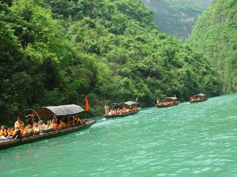 14-Day China Small Group Tour to Beijing - Xian - Chengdu - Chongqing - Yangtze River Cruise - Yichang - Shanghai