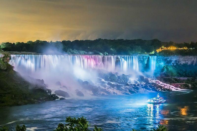 2-Day Niagara Falls Tour from Boston