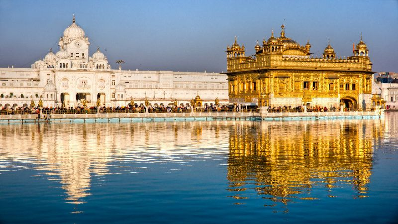 Golden Temple and Jalliawala Bagh with Punjabi Breakfast