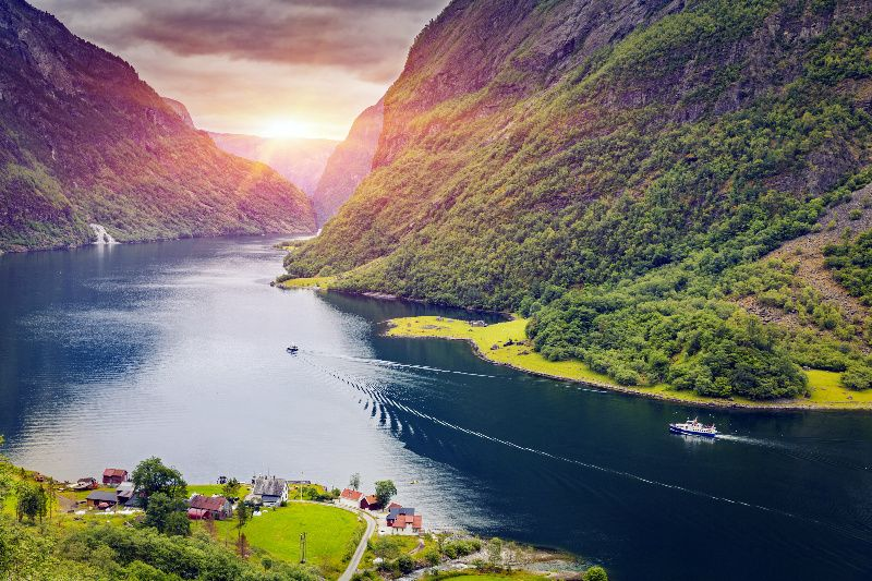 5-Day Nordic Tour Package: Stockholm to Copenhagen