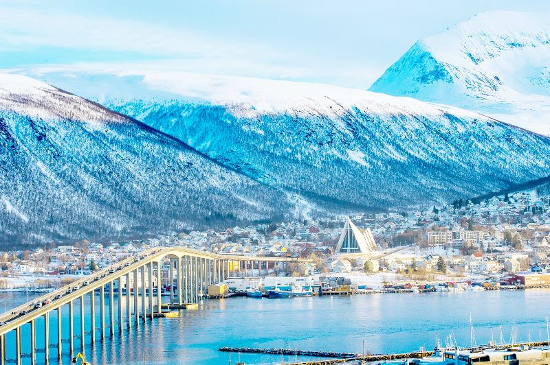 5-Day Norway Arctic Circle and Northern Lights Tour: Tromso to Alta