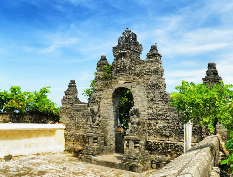 Private Bali Tour with Massage, Uluwatu Temple and Kecak Dance