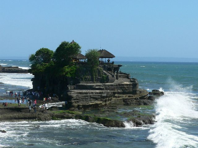 Private Bali Tour Bali Ceramics Workshop and Tanah Lot Sunset Half-Day Tour