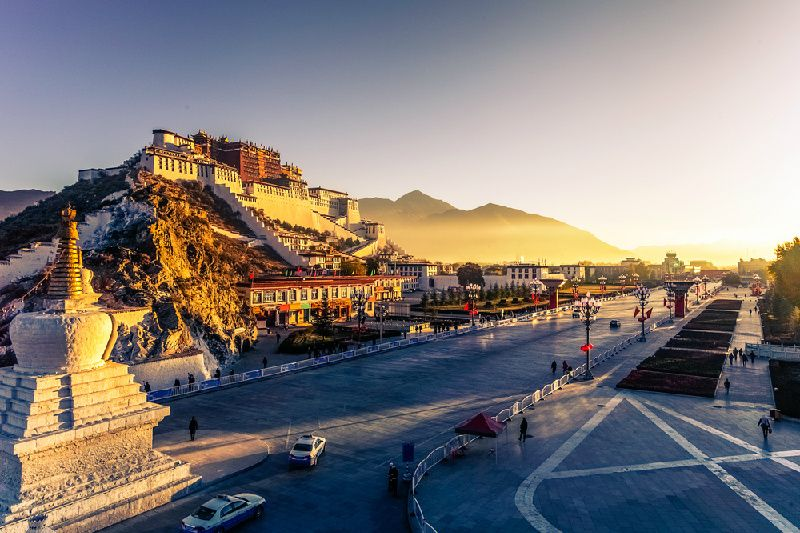 13-Day Classic Tibet Nepal Bhutan Tour from Lhasa