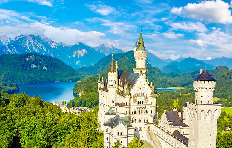 Neuschwanstein + Linderhof Castle Premium Tour from Munich