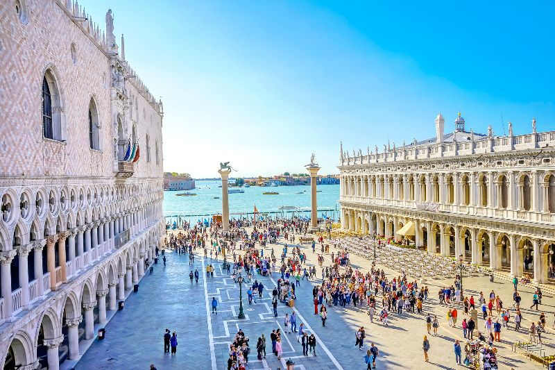 Best of Venice Walking Tour w/ St. Mark's Basilica and Doge's Palace