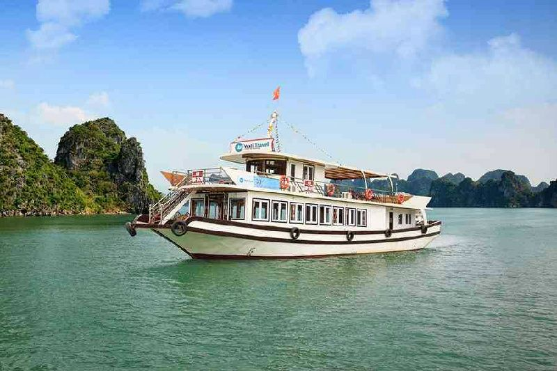 1-Day Halong Bay Tour from Hanoi with Wati Cruise