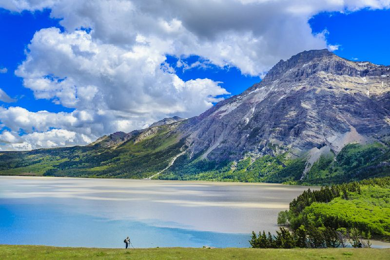 2-Day Kootenay and Waterton Lake National Park Tour from Calgary