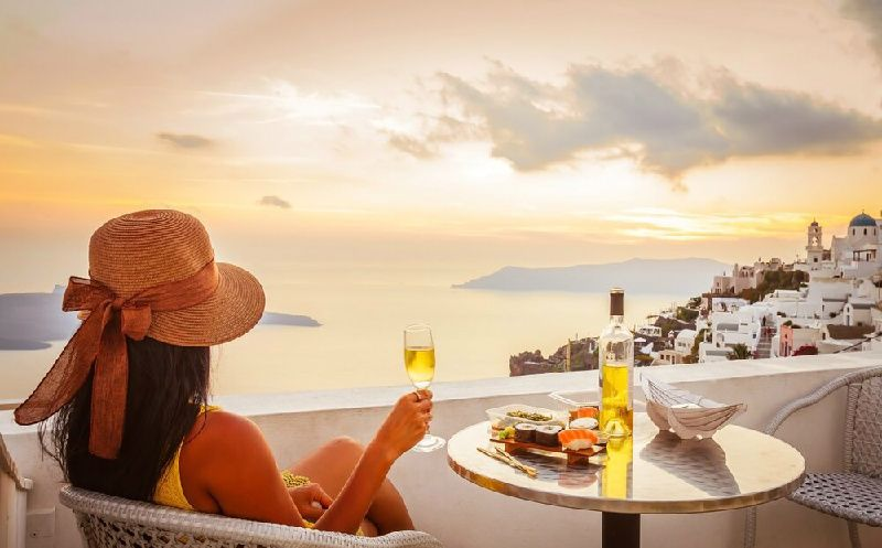 4-Day Santorini Vacation Package from Athens / Piraeus