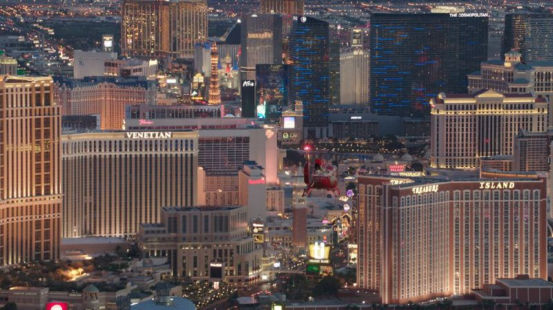 Las Vegas Strip Helicopter Tour With Limo Transfers