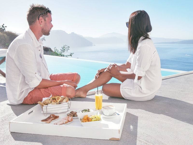7-Day Athens and Santorini Honeymoon - Gold Package