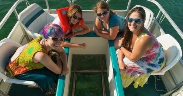 1-Day Glass-Bottom Guided Boat Tour (Oliphant)