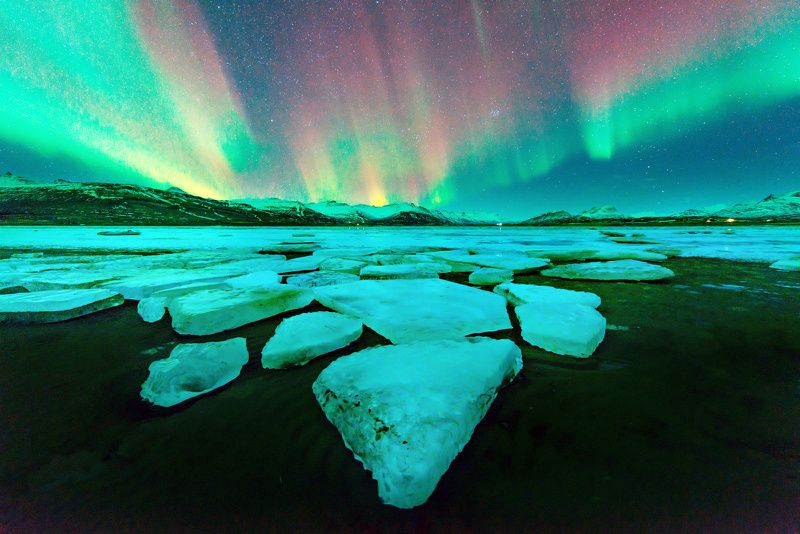 4-Day Northern Lights Iceland Budget Vacation: Golden Circle + South Shore