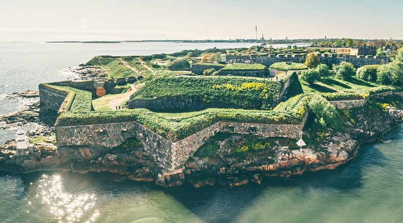 Suomenlinna Guided Tour from Helsinki by Ferry