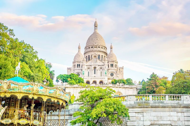 Paris in a Day Tour: Montmartre | The Louvre | Eiffel Tower | River Cruise