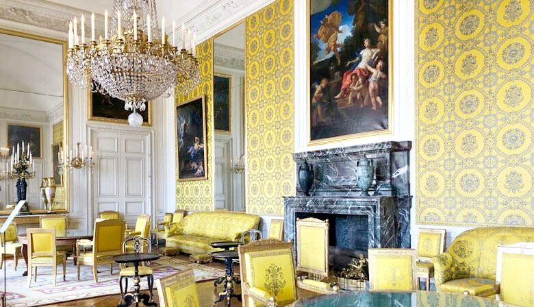 Versailles Palace and Gardens Half Day Tour w/ Audio-Guide