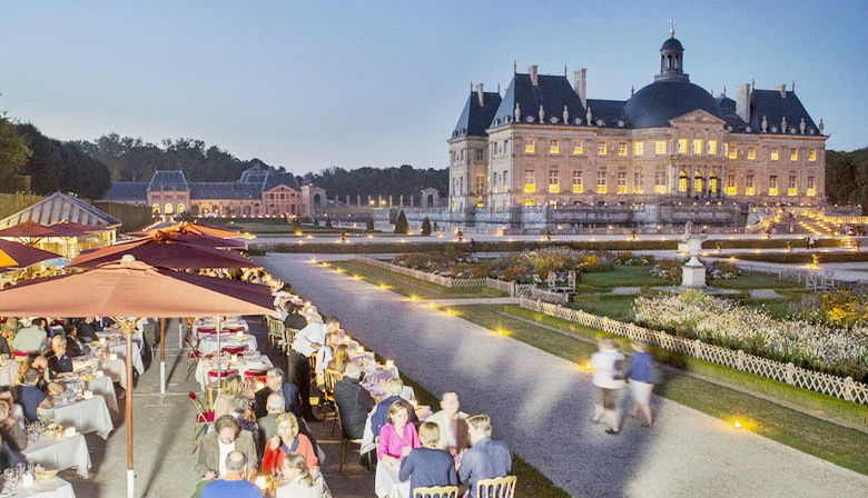 Chateau de Vaux-le-Vicomte Evening Tour W/ Dinner