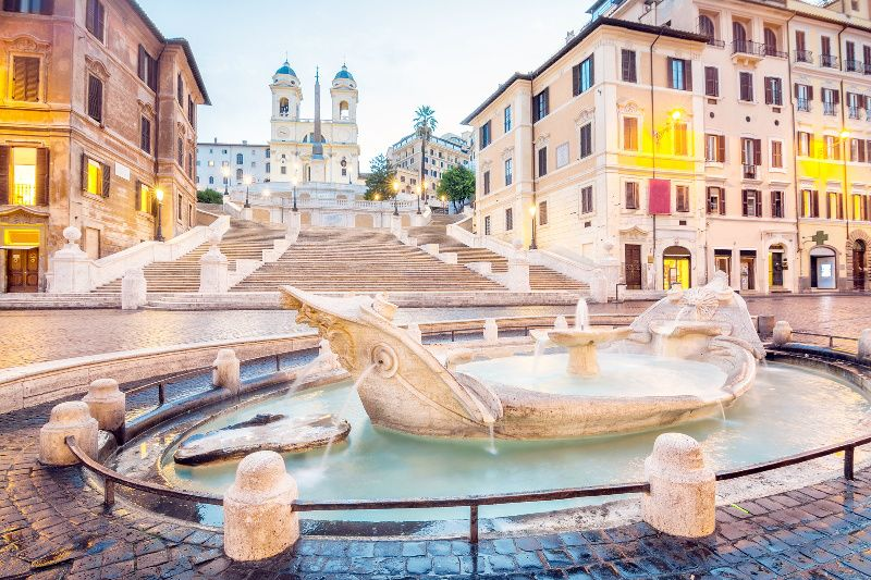 7-Day Western and Southern Europe Tour from Paris
