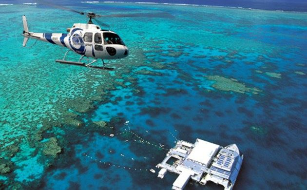 1-Day Cairns Moore Reef Helicopter and Magic Cruise Tour