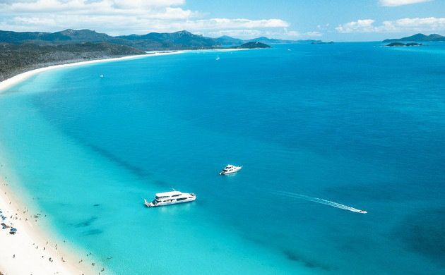 Full-Day Whitehaven Beach and Hill Inlet Cruise from Airlie Beach/ Hamilton Island