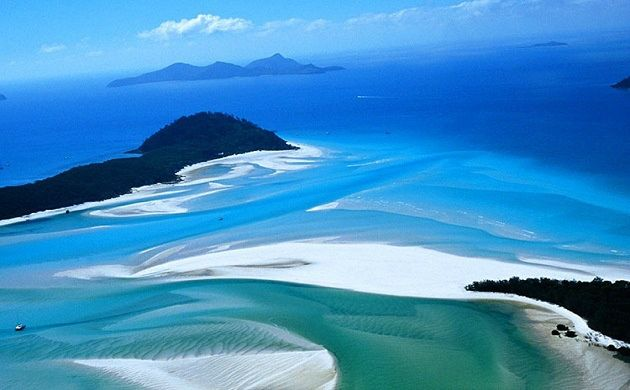 1-Day Reefworld Helicopter and Cruise Combo Day Tour from Hamilton Island