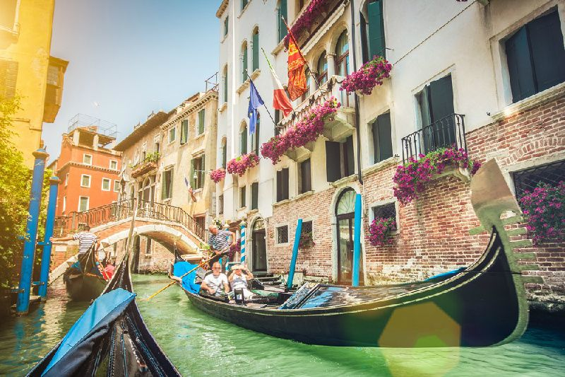 5-Day Italy Tour Package: Arabic Language Guide