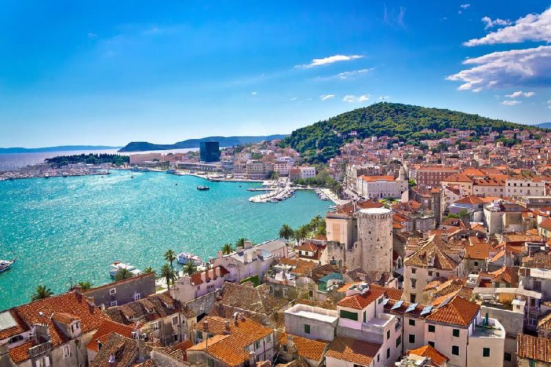 4-Day Croatia Tour Package: Budapest to Dubrovnik