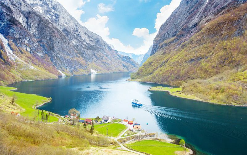 8-Day Norway Fjords and Nordic Capitals Tour: Bergen to Stockholm