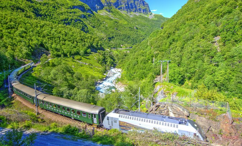 6-Day Norway Fjords Train Tour: Oslo to Bergen