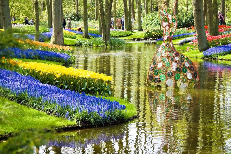 Keukenhof Gardens Tour from The Hague w/ Madurodam Miniature Park