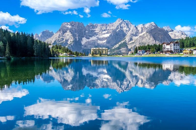 Dolomites Day Trip From Venice with Lake Misurina