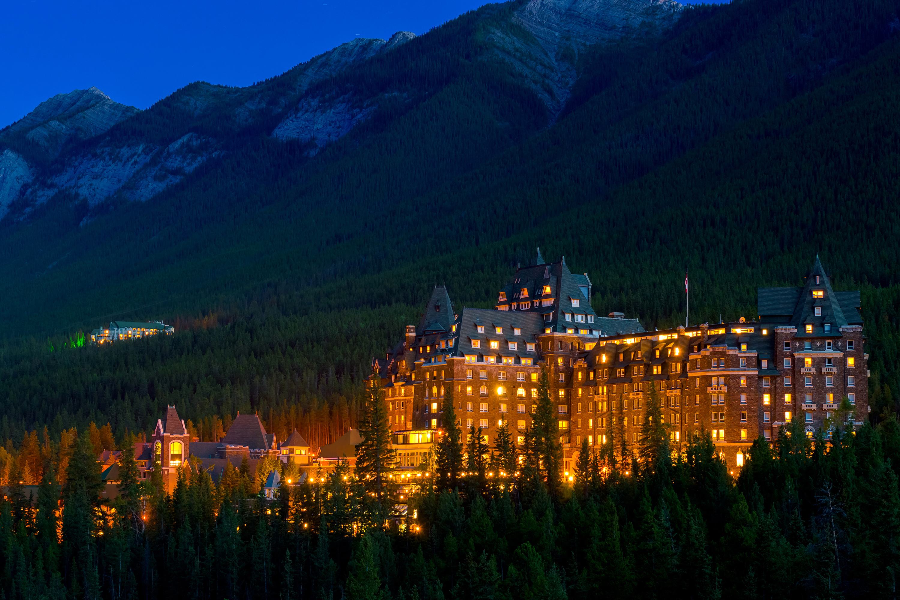 5 Day Rocky Mountains Tour from Calgary