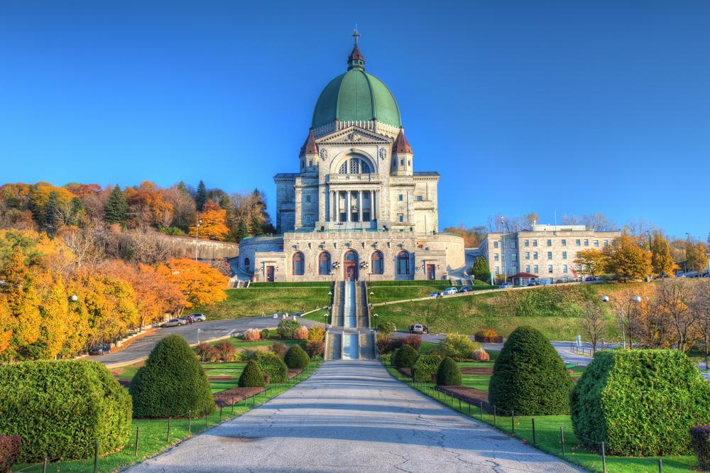 8-Day East Canada Tour: Montreal, Thousand Islands & Niagara Falls