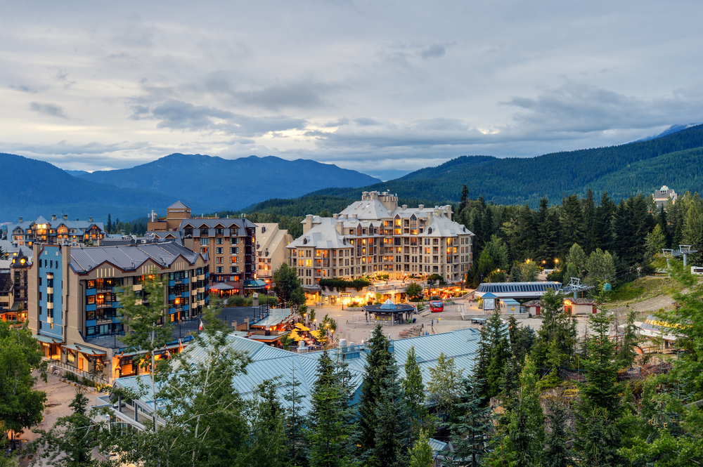 2-Day Whistler Ski Resort Special Package Tour from Vancouver