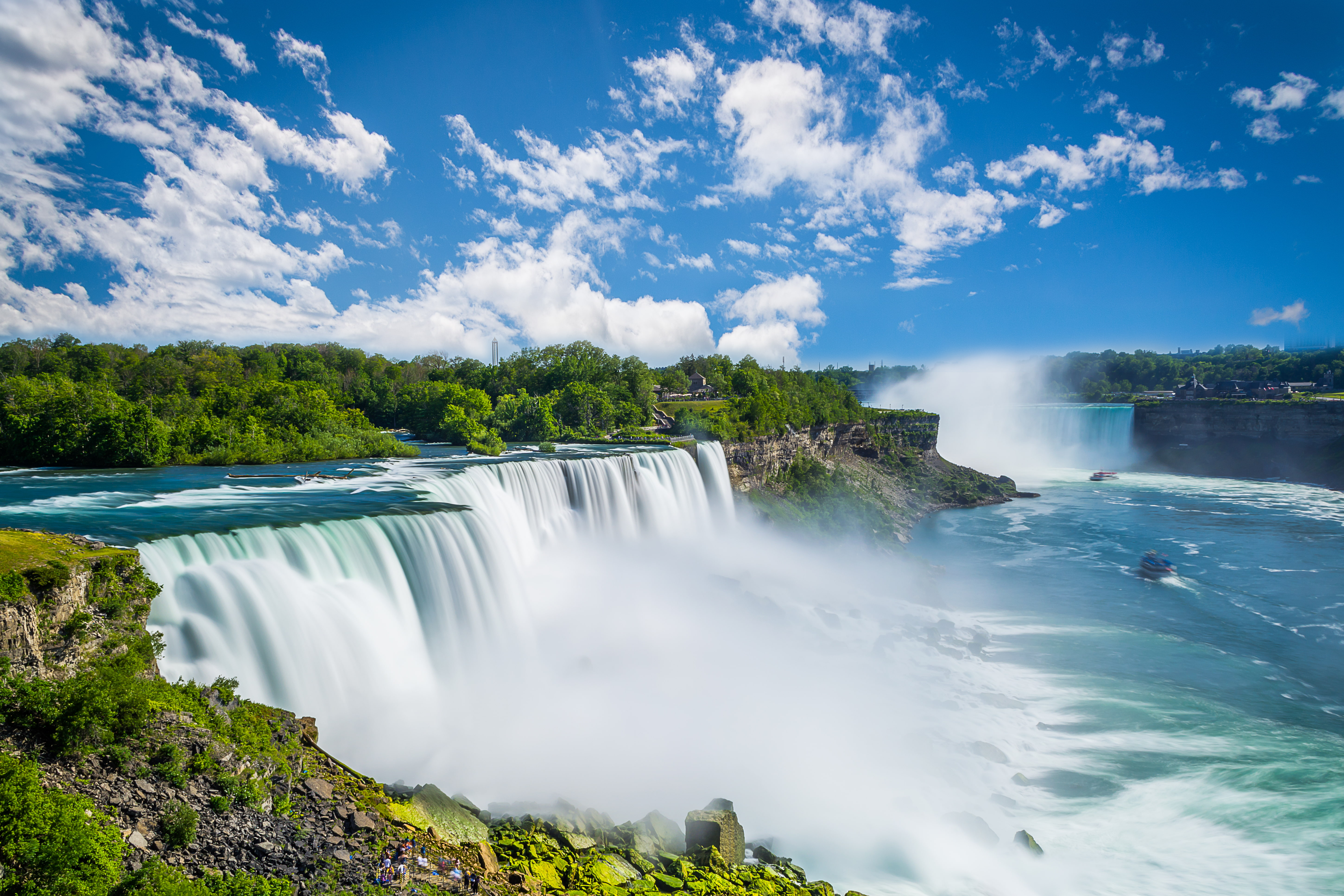2-Day Niagara Falls and Thousand Islands or Secret Caverns Tour from New York/ New Jersey